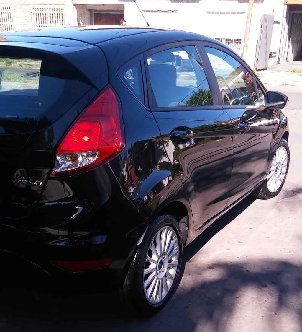 Ford Fiesta Kinetic Se 1 6 16v 5pt