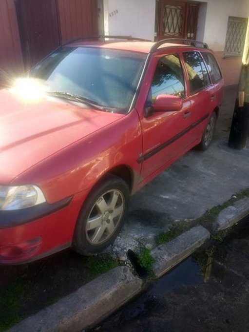 Volkswagen Gol Country 1.6 Track & Field - 2005 (2)
